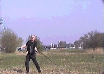 sidearm_bullwhip_big.avi 376KB